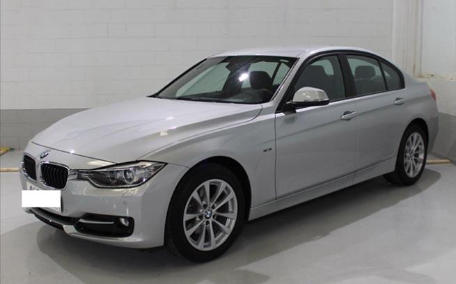 BMW 320 D 184 CV BVA SPORT GPS 17000e SOUS LE NEUF /<span style='font-weight:600'>Prix : nc</span><a href='http://www.azf-auto-discount.com/fiche-auto/105-bmw-320-d-184-cv-bva-sport-gps-17000e-sous-le-neuf' style='font-weight:600;display:block;float:right;color:#B41818;margin-right:45px'>En savoir +</a>
