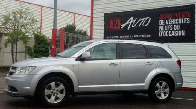 Dodge Journey 2.2 CRD 140cv SXT   /  <span style='font-weight:600'>Prix : nc</span><a href='http://www.azf-auto-occasion.com/fiche-auto/179-dodge-journey-2-2-crd-140cv-sxt' style='font-weight:600;display:block;float:right;color:#B41818;margin-right:45px'>En savoir +</a>