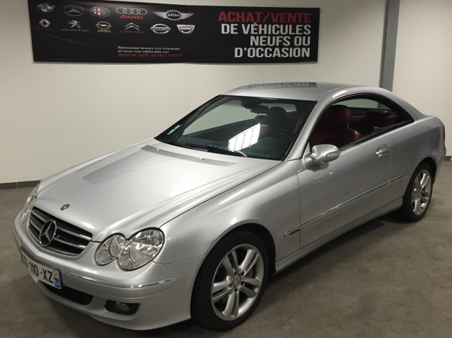 Mercedes-Benz     CLK 320 CDI avantgarde 224cv 7 G TRONIC   /  <span style='font-weight:600'>Prix : nc</span><a href='http://www.azf-auto-occasion.com/fiche-auto/519-mercedes-benz-----clk-320-cdi-avantgarde-224cv-7-g-tronic' style='font-weight:600;display:block;float:right;color:#B41818;margin-right:45px'>En savoir +</a>