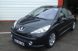 Peugeot 207 SPORTY PACK 1,6 HDI 110 CH
