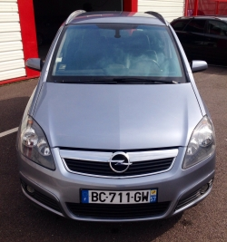 Opel Zafira 1.9 CDTI 120 COSMOS